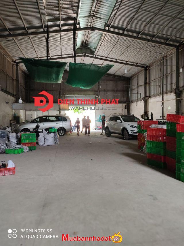 Cho thuê 2 nhà xưởng thuộc khu vực đường  tân hòa đông quận  Bình Tân 180m giá 18tr