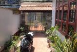 Bán nhà 3 tầng có sân cổng trong ngõ to đường Đà Nẵng